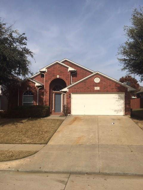 4817 Valley Springs Trail, Fort Worth, TX 76244 (MLS #14239331) :: The Heyl Group at Keller Williams
