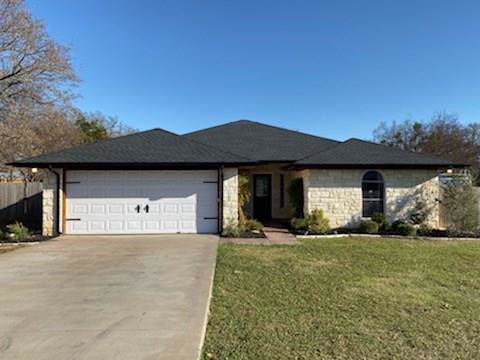2109 Timberwood Court, Granbury, TX 76049 (MLS #14239598) :: Real Estate By Design