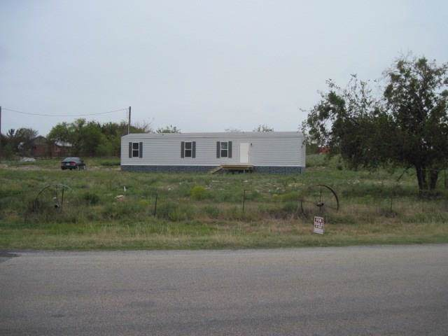 1355 Williamson Road, Granbury, TX 76048 (MLS #14240462) :: Real Estate By Design