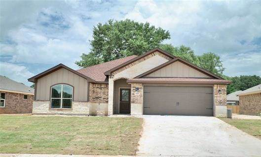 15326 Spring Oaks Drive, Lindale, TX 75771 (MLS #14245696) :: RE/MAX Landmark