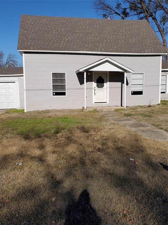 518 W Mccart Street, Krum, TX 76249 (MLS #14246352) :: The Mauelshagen Group