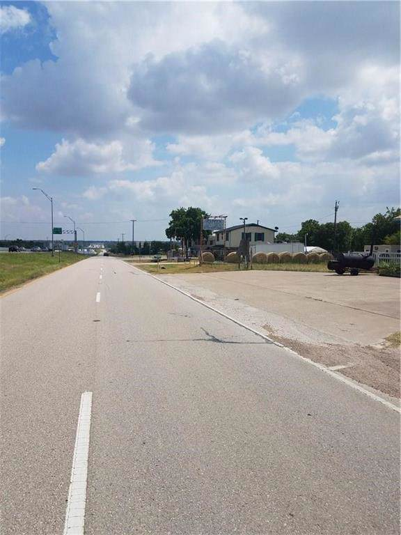 311 Interstate 35 Highway, Red Oak, TX 75154 (MLS #14251689) :: All Cities USA Realty