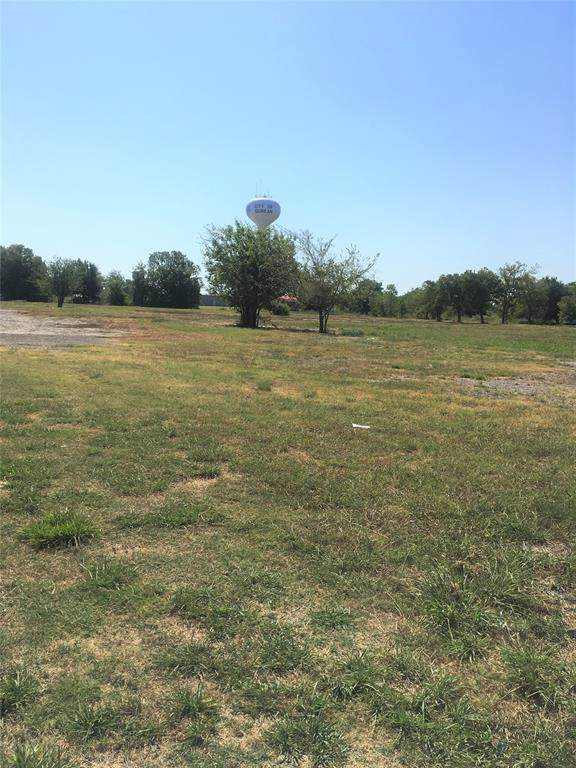 1105 E Quinlan Parkway, Quinlan, TX 75474 (MLS #14252713) :: RE/MAX Pinnacle Group REALTORS