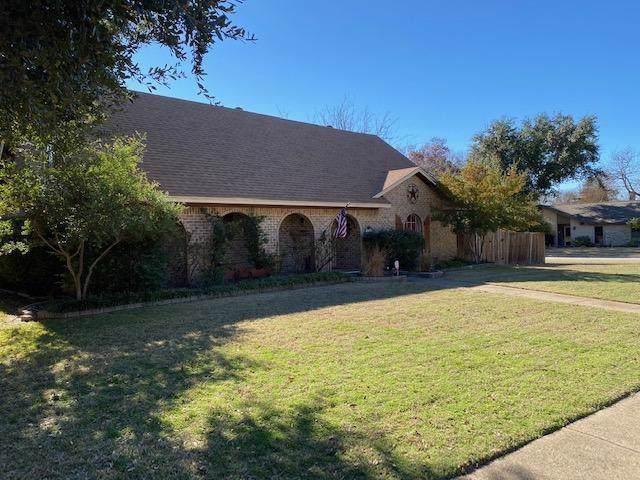 907 Loganwood Avenue, Richardson, TX 75080 (MLS #14253122) :: The Kimberly Davis Group