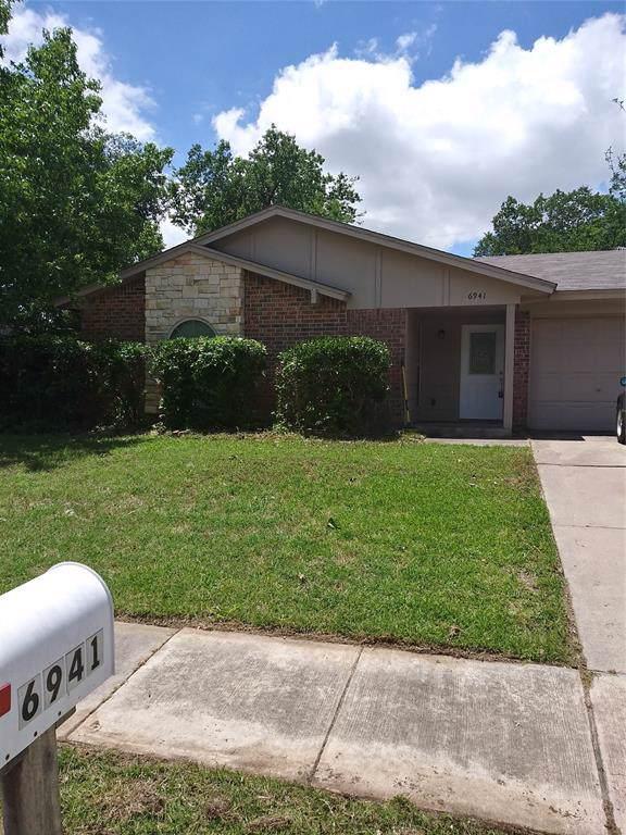 6941 Yorkston Street, Watauga, TX 76148 (MLS #14253184) :: North Texas Team | RE/MAX Lifestyle Property