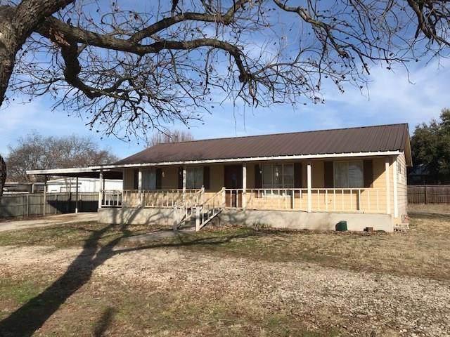 301 Ne 6th, Cross Plains, TX 76443 (MLS #14253848) :: The Tonya Harbin Team