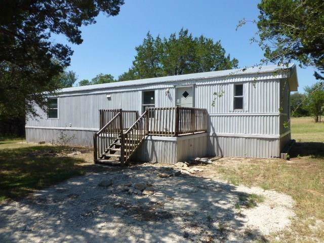 2900 Hilltop Road, Granbury, TX 76048 (MLS #14255006) :: RE/MAX Pinnacle Group REALTORS