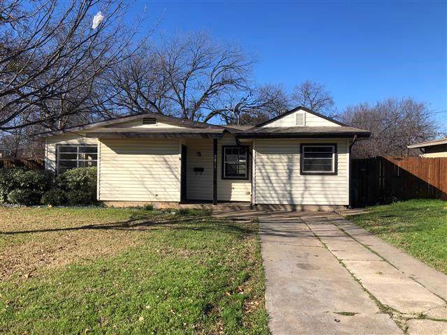 2811 Birch Park Drive, Richland Hills, TX 76118 (MLS #14256416) :: Trinity Premier Properties