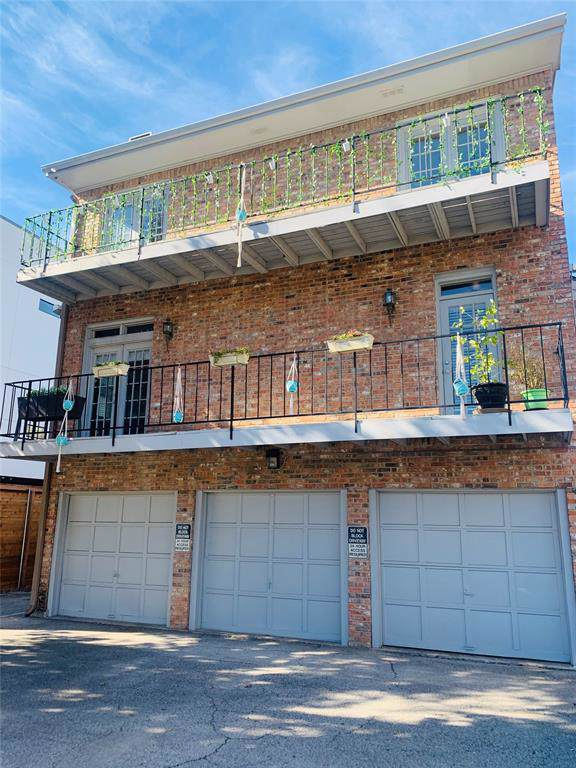 2727 Reagan Street A, Dallas, TX 75219 (MLS #14258895) :: RE/MAX Town & Country