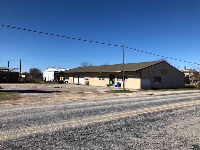 108 W Hackley Street, Perrin, TX 76486 (MLS #14259579) :: The Hornburg Real Estate Group