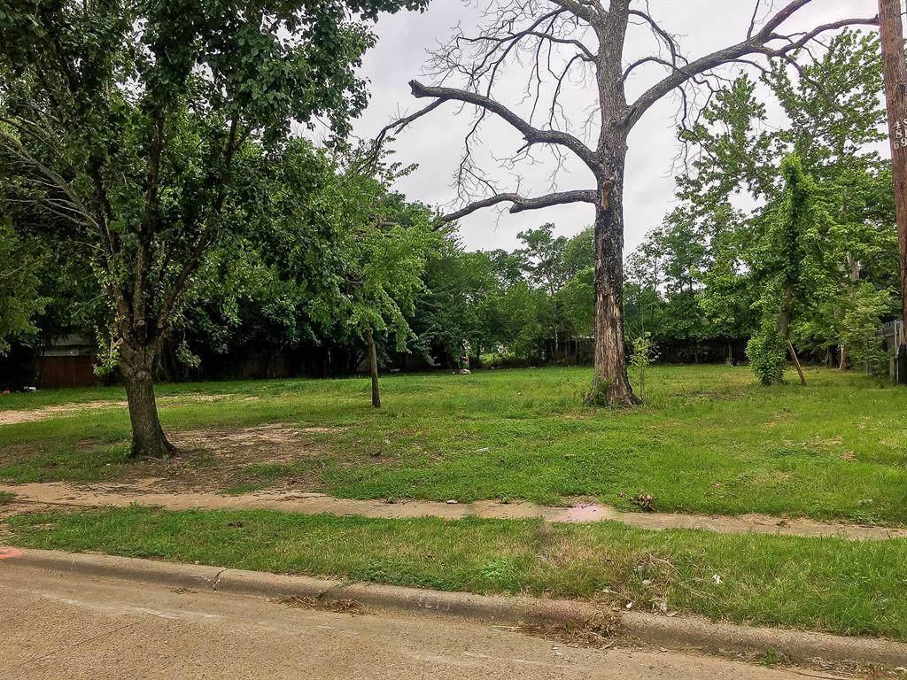 1219 Oak Hill Circle - Photo 1
