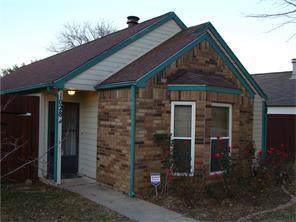 1028 Mapleleaf, Coppell, TX 75019 (MLS #14262857) :: Lynn Wilson with Keller Williams DFW/Southlake