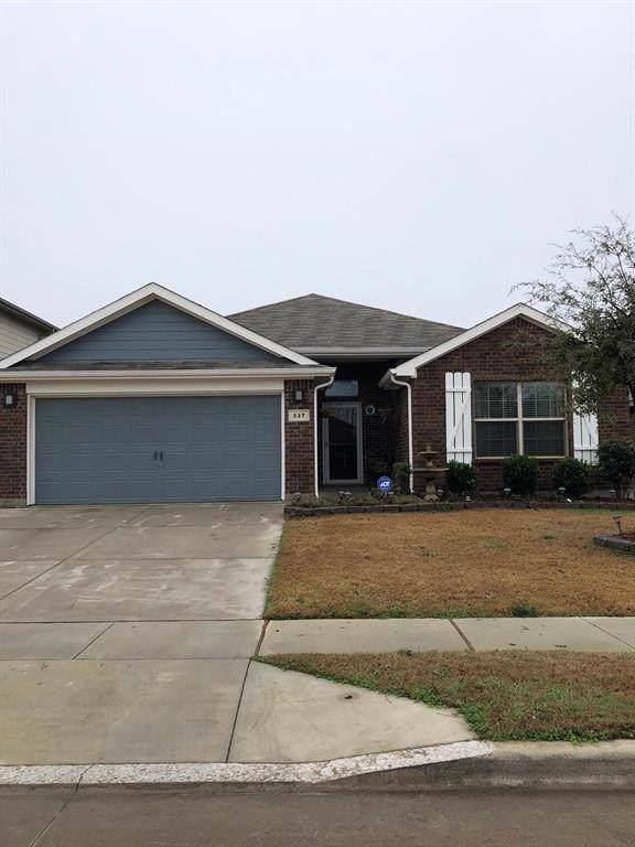 337 Fawn Hill Drive, Fort Worth, TX 76134 (MLS #14263224) :: Team Hodnett