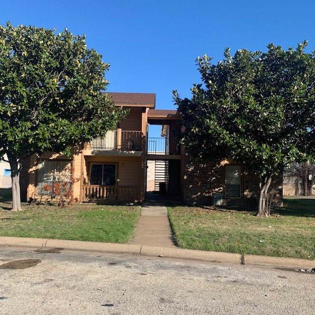 8028 Cambridge Circle, White Settlement, TX 76108 (MLS #14263286) :: Post Oak Realty