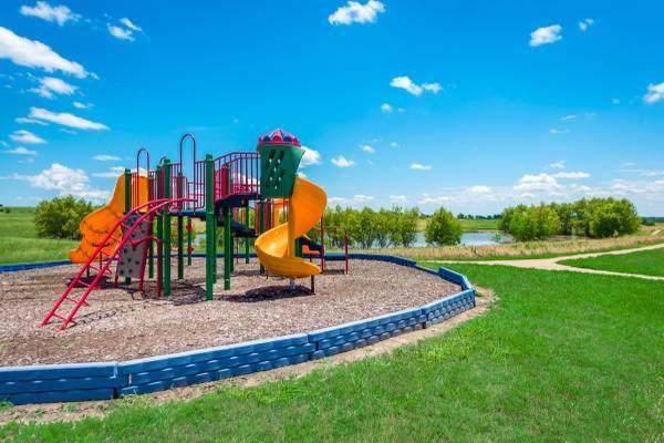 3004 Watercrest Drive, Sanger, TX 76266 (MLS #14265684) :: Frankie Arthur Real Estate