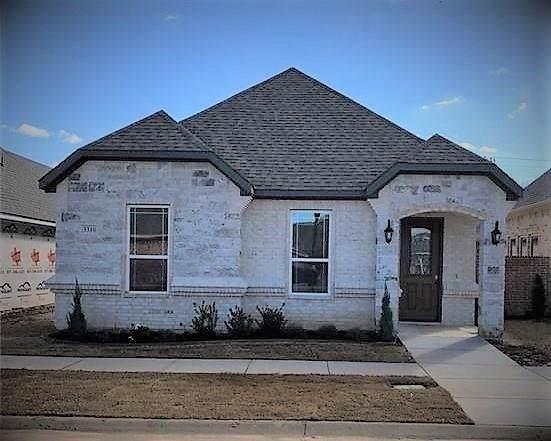 3310 Fountain Way, Granbury, TX 76049 (MLS #14265693) :: The Good Home Team