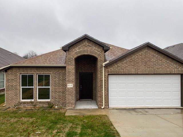512 N Elm Street, Lancaster, TX 75146 (MLS #14266190) :: Van Poole Properties Group