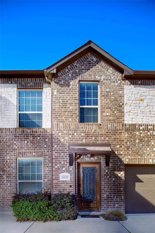 5039 Italia Lane, Grand Prairie, TX 75052 (MLS #14268940) :: The Mauelshagen Group