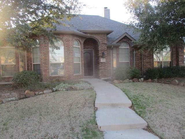 2919 Painted Pony Lane, Rockwall, TX 75087 (MLS #14269411) :: Trinity Premier Properties