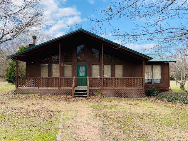 900 Rs County Road 3345, Emory, TX 75440 (MLS #14269534) :: The Mauelshagen Group
