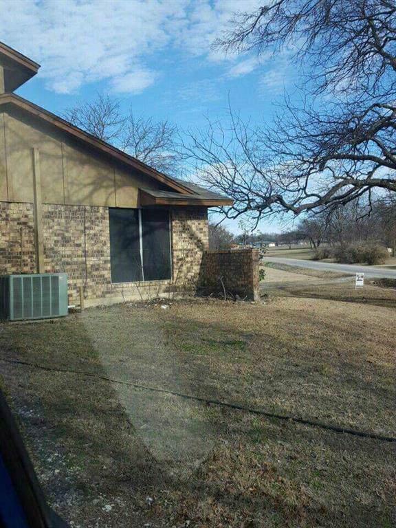 116 Whispering Oaks Street, Tom Bean, TX 75491 (MLS #14270391) :: Trinity Premier Properties