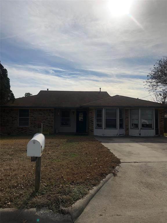 13 Finley Circle, Krum, TX 76249 (MLS #14274694) :: The Good Home Team