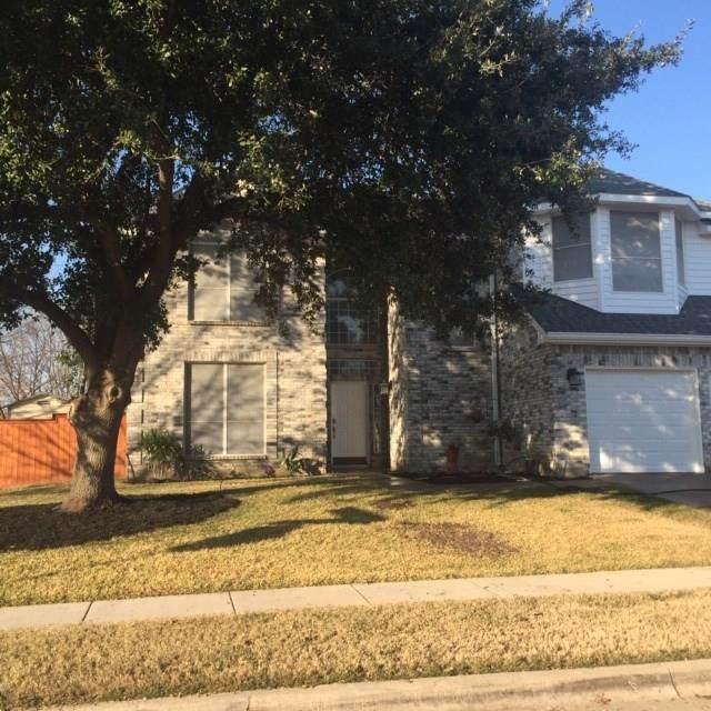 200 Westbriar Lane, Grand Prairie, TX 75052 (MLS #14275503) :: The Paula Jones Team   RE/MAX of Abilene