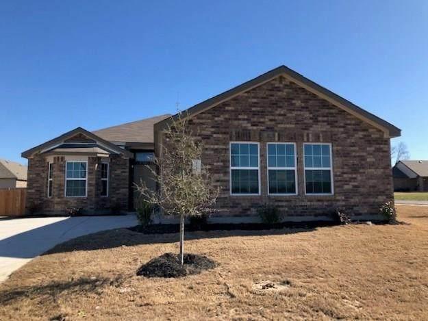 1501 Christian Road, Ennis, TX 75119 (MLS #14276428) :: Potts Realty Group