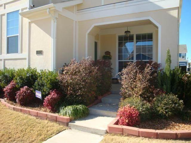 10929 Caldwell Lane, Fort Worth, TX 76179 (MLS #14278231) :: The Kimberly Davis Group