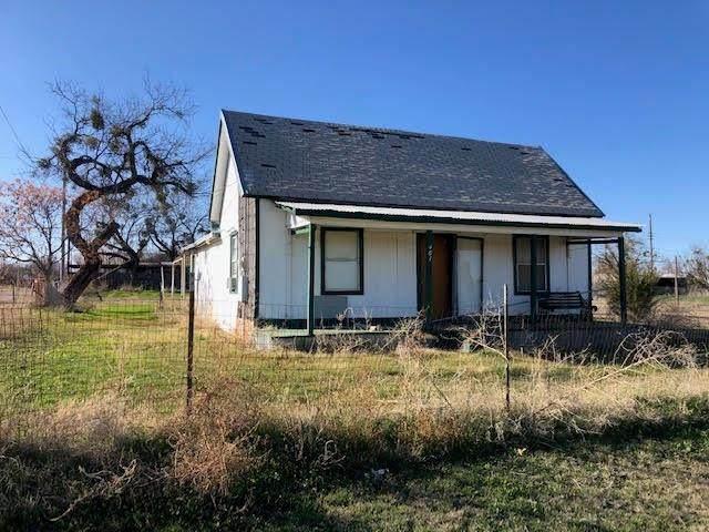 401 Lamar, Merkel, TX 79536 (MLS #14278688) :: Frankie Arthur Real Estate