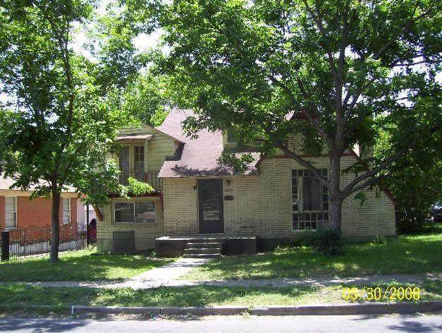 1801 Michigan Avenue, Dallas, TX 75216 (MLS #14282847) :: Caine Premier Properties