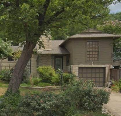 630 N Hampton Road, Dallas, TX 75208 (MLS #14282931) :: Trinity Premier Properties