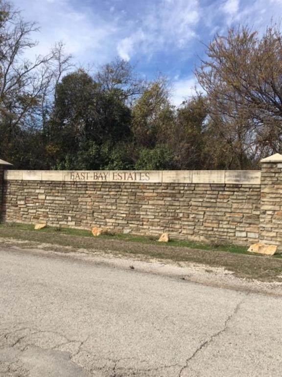000 Crescent Cove Drive, Bridgeport, TX 76426 (MLS #14283455) :: The Chad Smith Team
