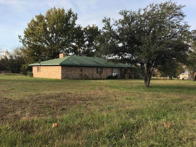 243 County Road 2020, Clarksville, TX 75426 (MLS #14283532) :: The Kimberly Davis Group