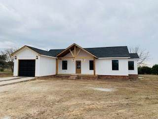 401 Wood Hollow Drive, Weatherford, TX 76087 (MLS #14284514) :: The Hornburg Real Estate Group