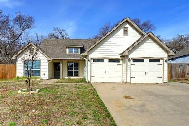 121 Parkwood Court, Azle, TX 76020 (MLS #14284966) :: The Good Home Team