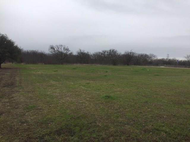 2040 County Road 904, Cleburne, TX 76058 (MLS #14285167) :: The Chad Smith Team