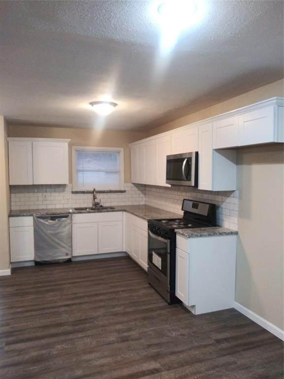 2313 Huntington Drive, Arlington, TX 76010 (MLS #14285685) :: The Real Estate Station