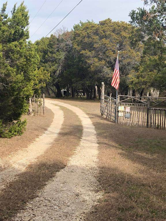 564 County Road 3135, Valley Mills, TX 76689 (MLS #14287530) :: All Cities Realty