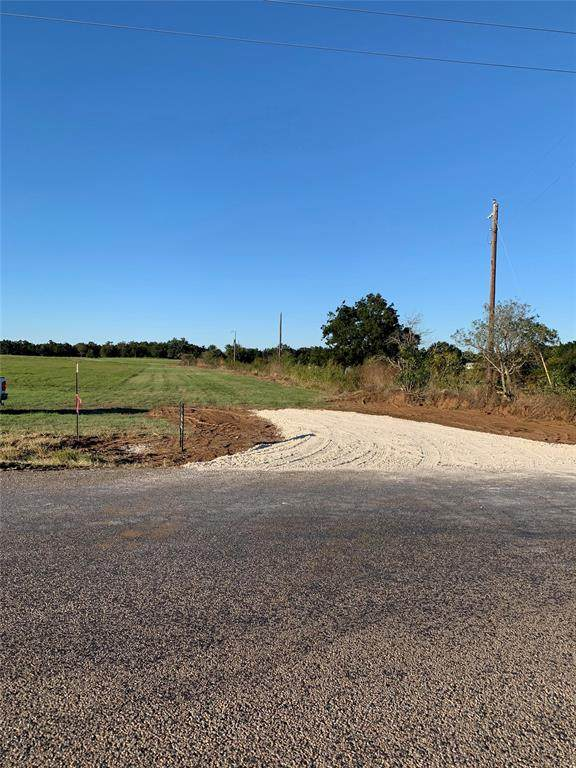 27?? Sandusky Road, Whitesboro, TX 76273 (MLS #14289480) :: The Kimberly Davis Group