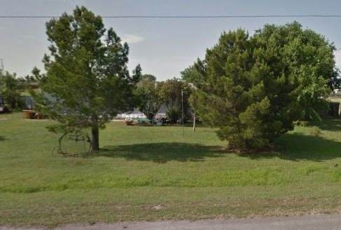 4605 County Road 1078 - Photo 1