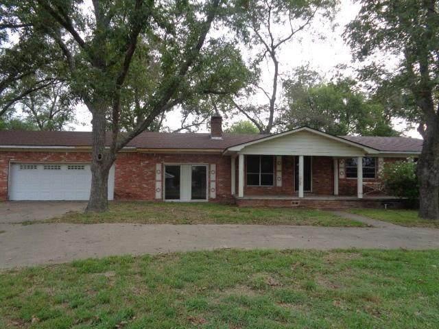 808 W Pine Street, Winnsboro, TX 75494 (MLS #14304942) :: The Chad Smith Team