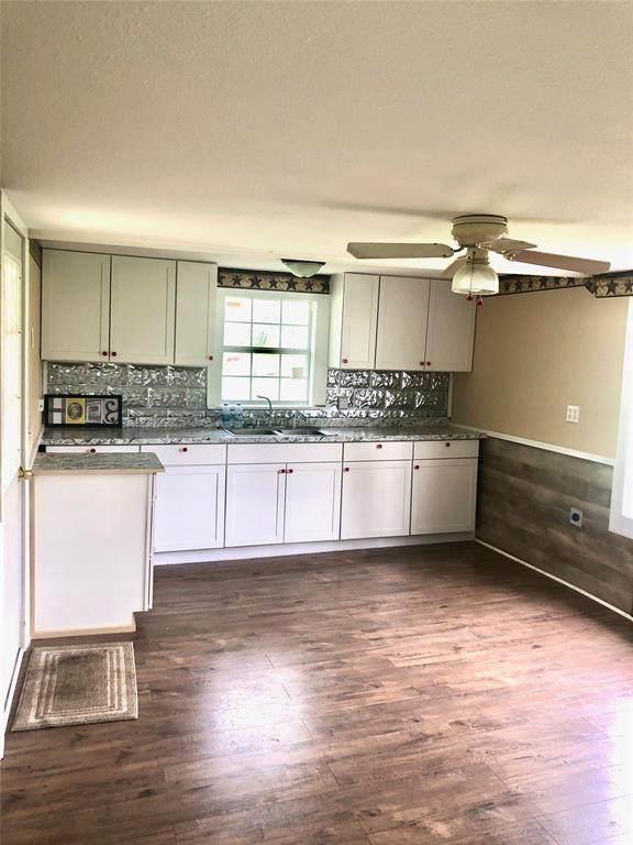 340 S Camden, Dublin, TX 76446 (MLS #14306041) :: Ann Carr Real Estate
