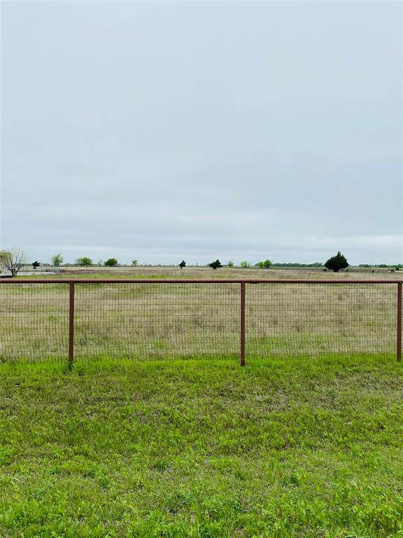 000 Plover Circle, Ponder, TX 76259 (MLS #14308865) :: Trinity Premier Properties