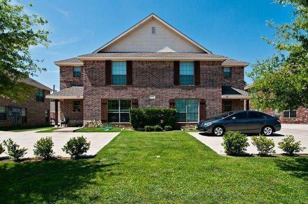 336 Tyler Court, Weatherford, TX 76086 (MLS #14309099) :: Post Oak Realty