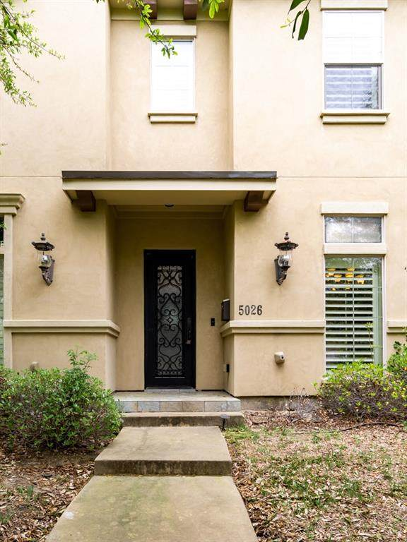 5026 Pershing Avenue, Fort Worth, TX 76107 (MLS #14309342) :: The Mitchell Group