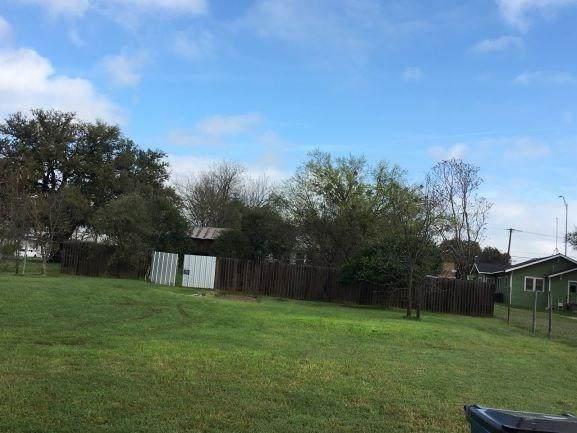 602 W Central Avenue, Comanche, TX 76442 (MLS #14309445) :: Robbins Real Estate Group