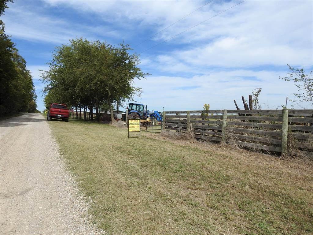 1125 County Road 4215 - Photo 1