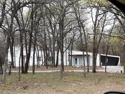 6187 Midway Road, Springtown, TX 76082 (MLS #14311068) :: The Chad Smith Team