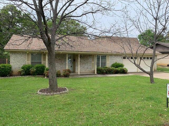612 Canyon Ridge Drive, Euless, TX 76040 (MLS #14312363) :: The Chad Smith Team